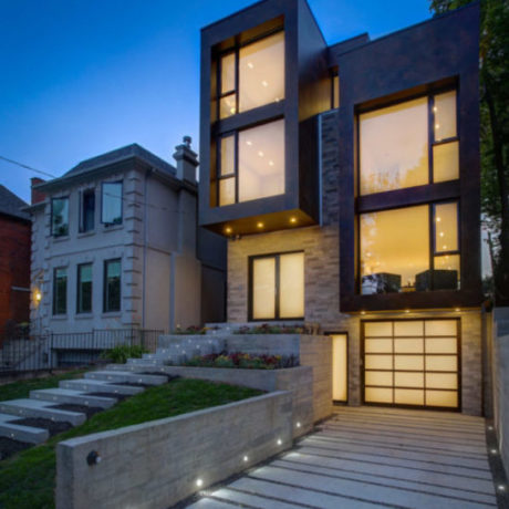 MODERN MINIMALISM IN FOREST HILL NORTH </BR>SOLD